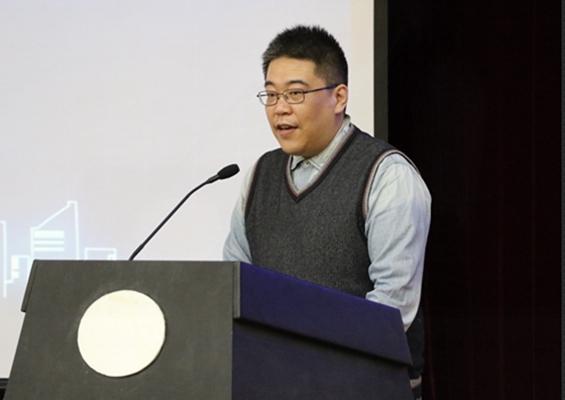 新当选的委员会秘书长、北京pk10几点到几点、中国台湾网常务副总编辑田云鹏汇报委员会近期工作计划.jpg
